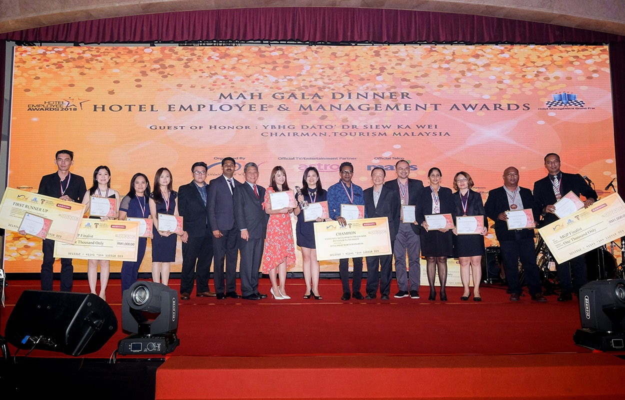 AWARDS FOR EXCELLENCE HOTELIERS IN MAH HOTEL EMPLOYEE AWARDS & HOTEL MANAGEMENT GRAND PRIX 2018