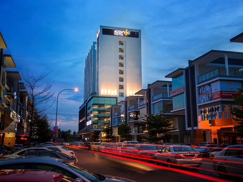 2D1N Stay in Iconic Hotel Penang