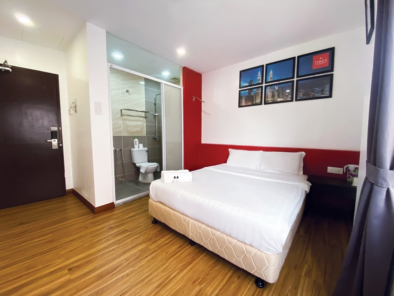 2D1N STAY AT TIMEZ BUSINESS HOTEL